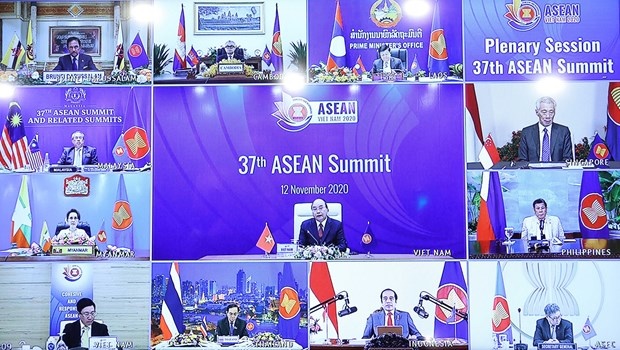 Thai PM points to major issues needing ASEAN's focus hinh anh 1