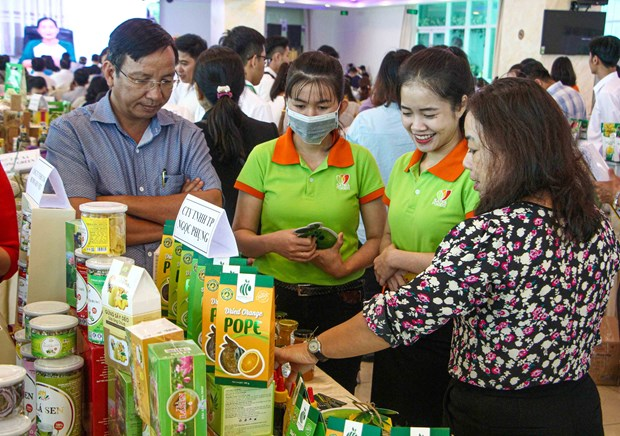 Conference explores trade, investment chances for Mekong Delta, Taiwanese firms hinh anh 1