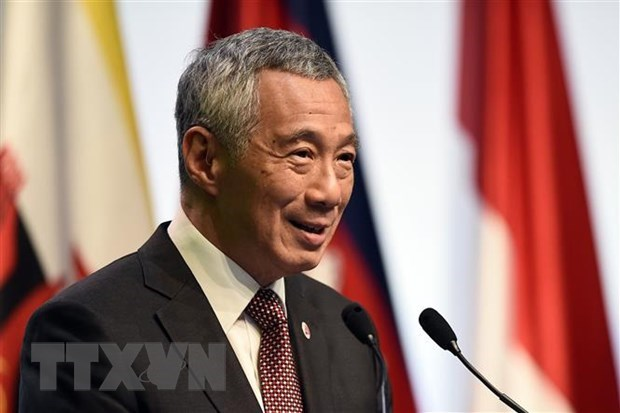 Singaporean PM calls for stronger economic ties between ASEAN, key partners hinh anh 1
