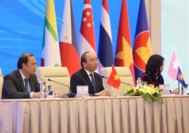 Vietnam exerts great efforts to complete ASEAN Chairmanship: Deputy FM hinh anh 1