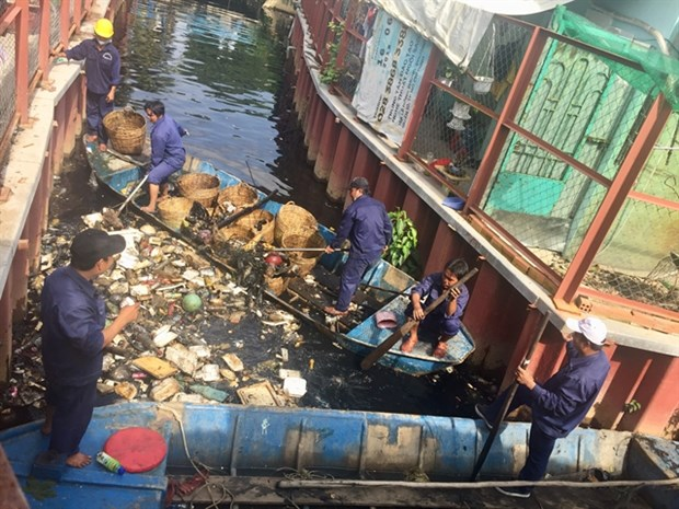 HCM City draws up master plan on solid waste hinh anh 1