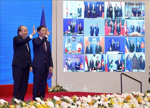 Foreign media highlights RCEP signing, praises Vietnam's ASEAN chairmanship hinh anh 1