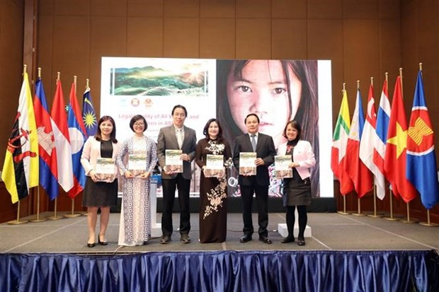 ASEAN works to promote rights of women, children hinh anh 1