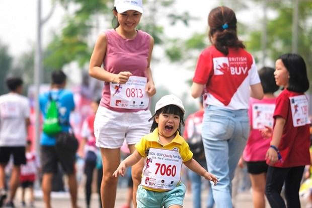 Britcham Vietnam fun run to raise money for charity hinh anh 1