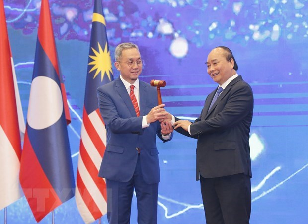 ASEAN 2020: Philippine diplomat highly values Vietnam's leadership role hinh anh 1