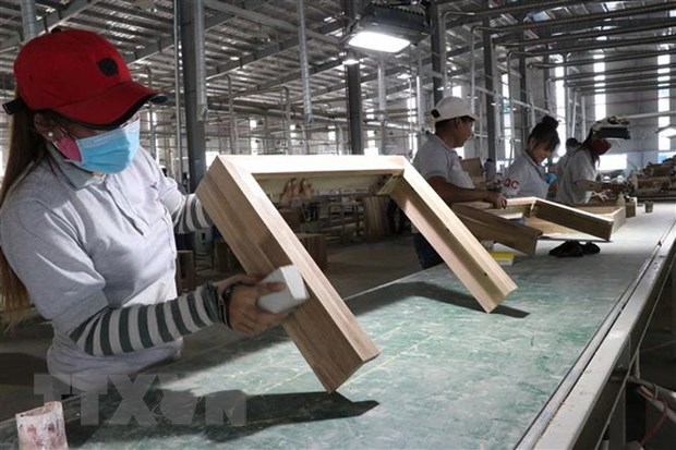Vietnam to be one of fastest-growing economies in 2021: Moody's Analytics hinh anh 1