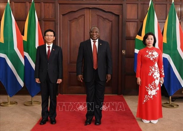 South African President hopes for ties with Vietnam to grow hinh anh 1
