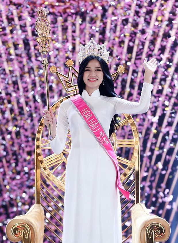 Business law student crowned Miss Vietnam 2020 hinh anh 1