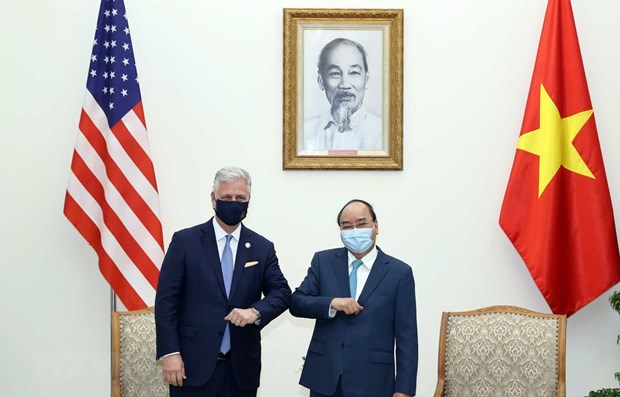 Vietnam, US agree to further cooperation in handling common challenges hinh anh 1