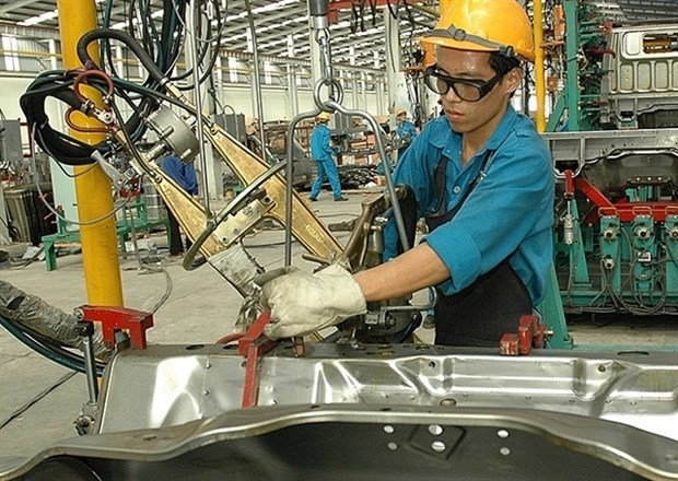 Ministry working to promote growth of support industries hinh anh 1