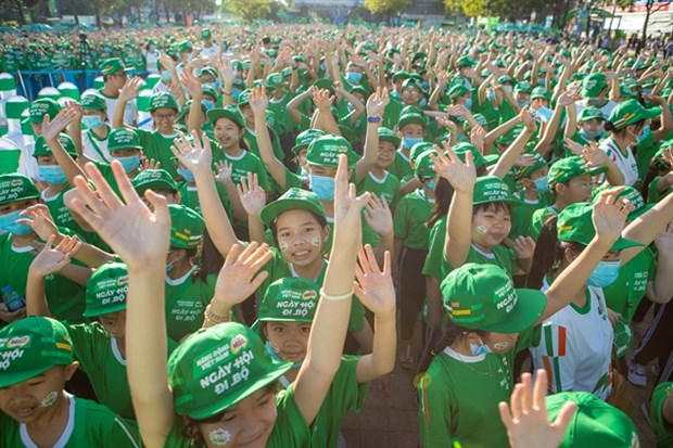 Nestle MILO holds first Walking Day in Can Tho hinh anh 1