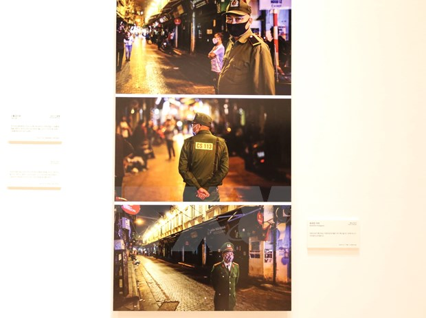 Vietnam News Agency joins int'l photojournalism exhibition on COVID-19 hinh anh 1