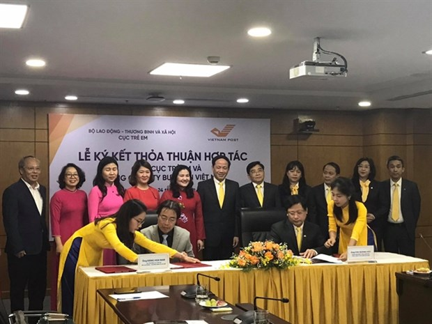 Cooperation agreement on child protection signed hinh anh 1