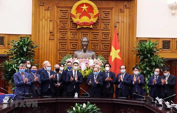 PM hosts former German Deputy Prime Minister hinh anh 1