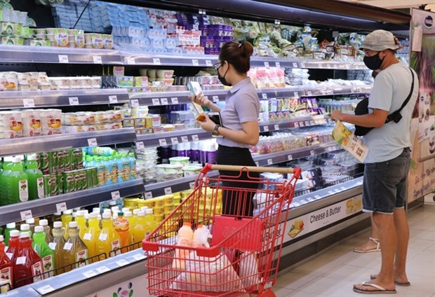 Health Ministry: Food packaging from COVID-19-hit countries to be tested hinh anh 1