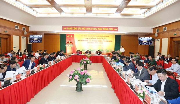 Corruption fight fruitful, wins over people's support: symposium hinh anh 1