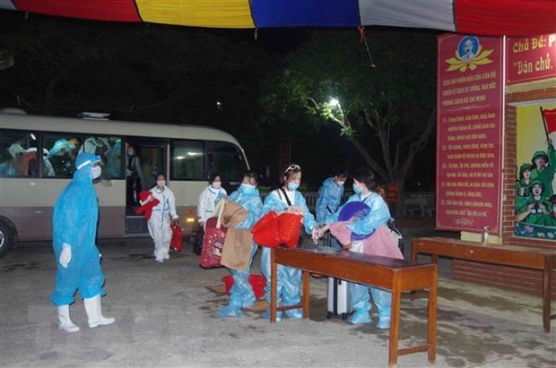 More than 210 Vietnamese citizens in Japan repatriated hinh anh 1