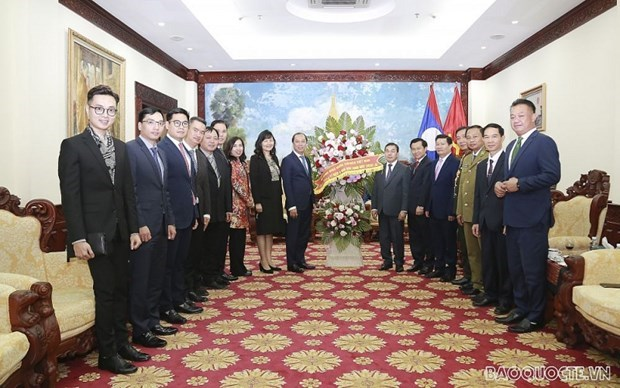 Congratulations extended to Laos on 45th National Day hinh anh 1
