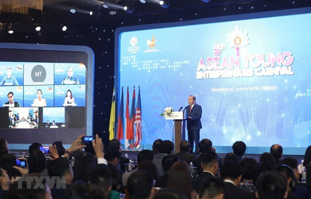 Vietnam hosts 5th ASEAN Young Entrepreneurs' Carnival hinh anh 1