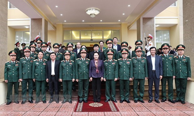 NA Chairwoman visits Military Zone 4 hinh anh 1