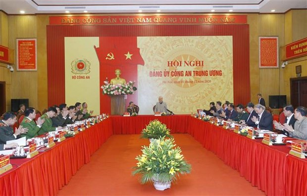 Party chief requires building clean, strong police force hinh anh 1