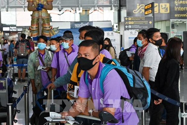 Thailand plans to raise fee of five-year visas for foreigners hinh anh 1