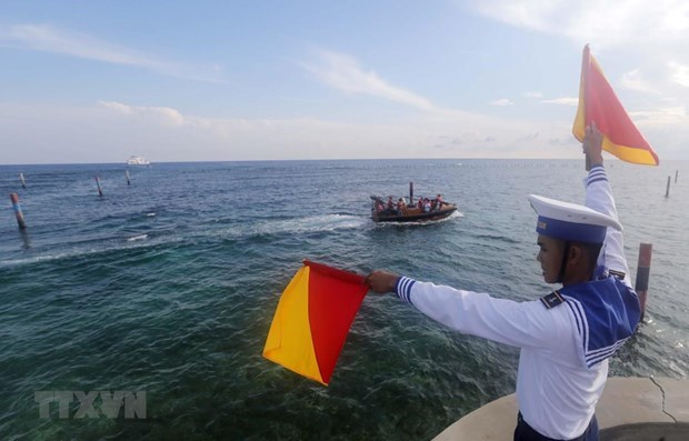 Vietnam demands China respect Vietnam's sovereignty on East Sea hinh anh 1