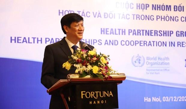 Vietnam bolsters health partnerships to tackle COVID-19 hinh anh 1