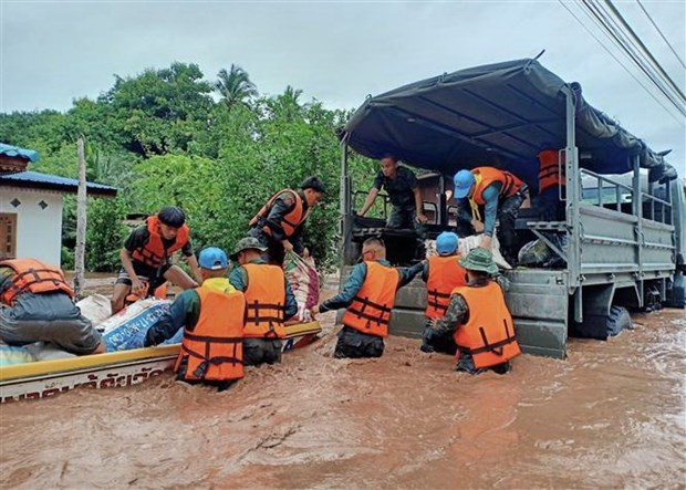 Floods kill at least nine in southern Thailand hinh anh 1