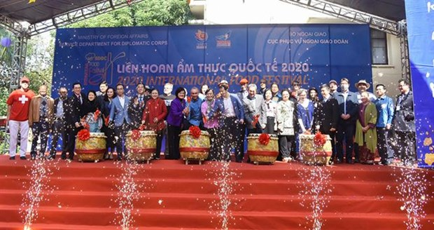 Foreign Ministry hosts 2020 International Food Festival hinh anh 1
