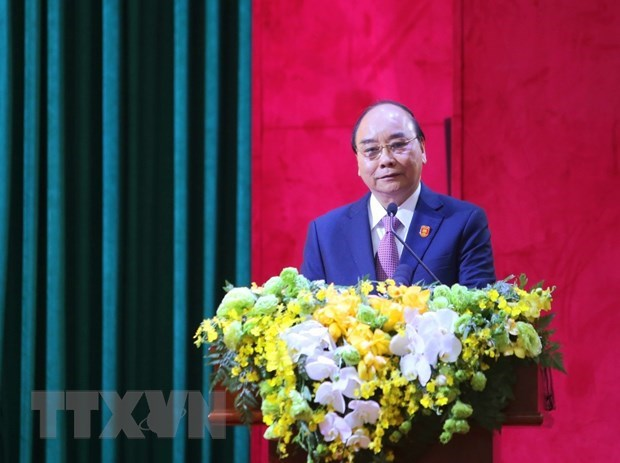 PM attends 76th national public security conference hinh anh 1