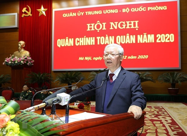 Party, State leader attends national political-military conference hinh anh 1