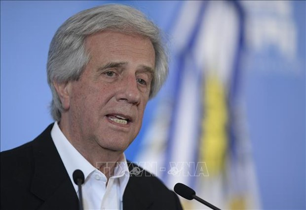 Top leader sends condolences to Uruguay over passing of former President Tabare Vazquez hinh anh 1