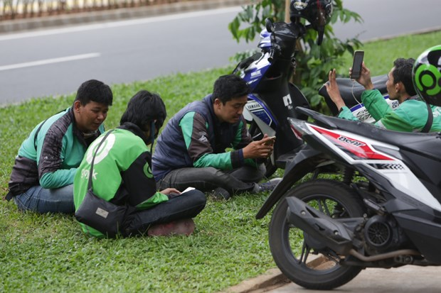 Indonesia keeps close watch on Gojek-Grab merger for fear of monopoly hinh anh 1