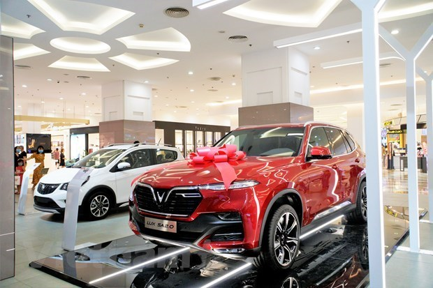 Automobile sales inches up 9 percent in November hinh anh 1