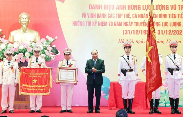 Investigation Security Agency awarded Hero of People's Armed Forces title hinh anh 1