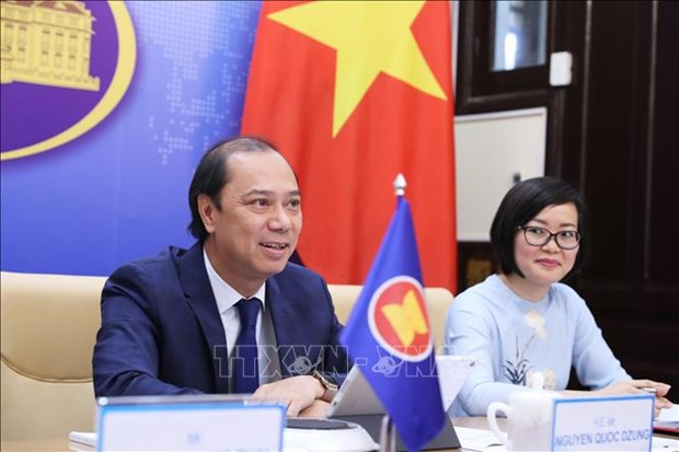 Vietnam, China co-chair 18th East Asia Forum hinh anh 1