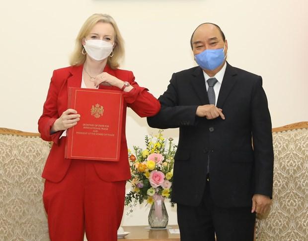 Vietnam, UK should sign FTA asap: Government leader hinh anh 1