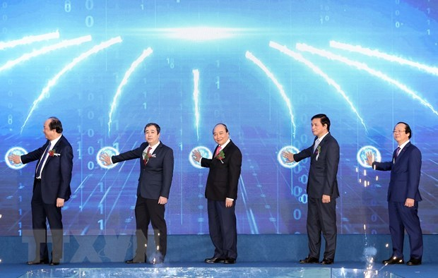 PM attends launching ceremony of first major project in Thai Binh EZ hinh anh 1