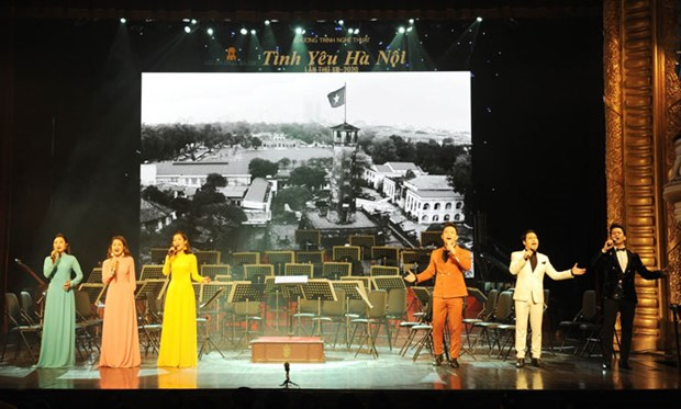 "13th ""Love for Hanoi' art programme held hinh anh 1"