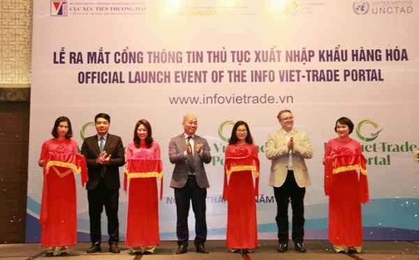 Trade portal launched to boost international trade procedures hinh anh 1