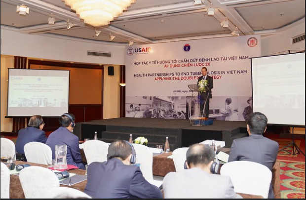 USAID helps Vietnam redouble efforts to end TB hinh anh 1