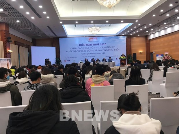 Forum discusses tax policy supporting businesses hinh anh 1