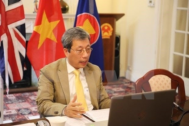 Society of Vietnamese intellectuals in UK set up hinh anh 1