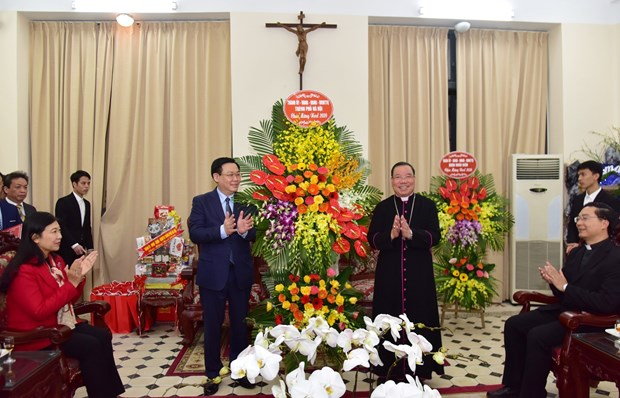 Catholic community contributes significantly to capital development: Official hinh anh 1