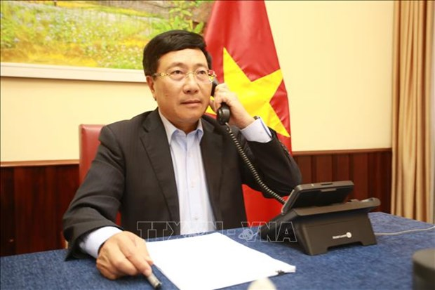 Senior officials talk ways to boost Vietnam-Finland relations hinh anh 1
