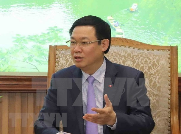 Hanoi Party Committee reviews efforts to fight corruption hinh anh 1