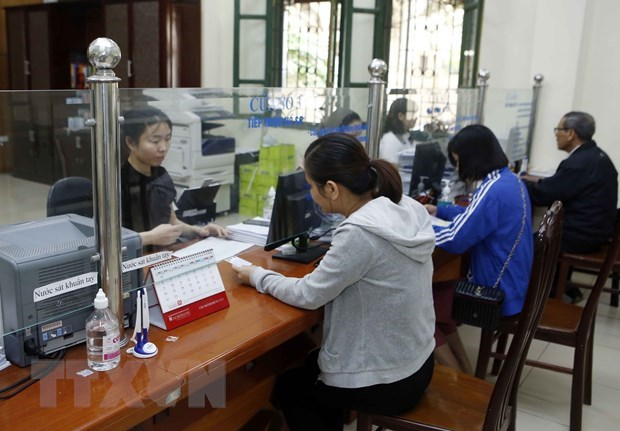 Deputy PM calls for greater effort to expand social insurance coverage hinh anh 1