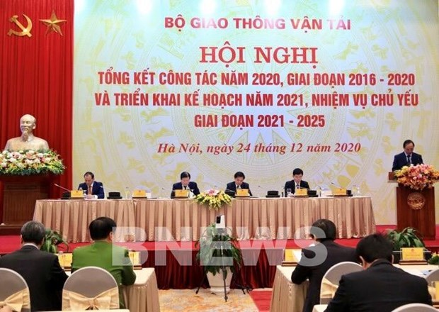 Ministry to push ahead with major transport projects hinh anh 1