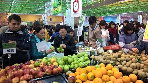 Goods demand for Tet up due to domestic confidence on economic recovery hinh anh 1